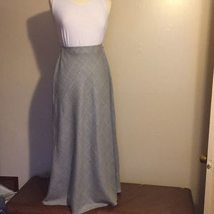 Ralph Lauren A-Line Gray & White Plaid Maxi Skirt